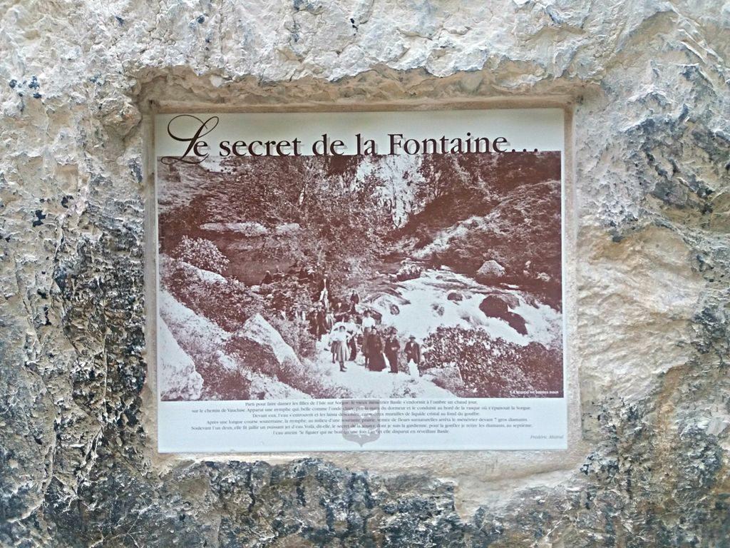 Fontaine-de-Vaucluse located department of Vaucluse, Provence-Alpes-Côte d'Azur.