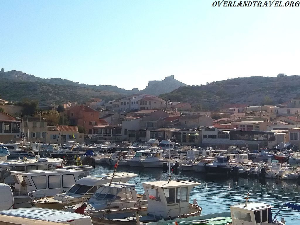 Les Goudes is located at the eastern end of Marseille just before the Calanque.
