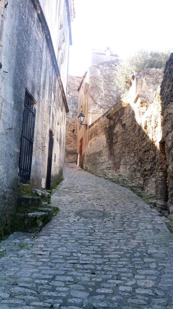 Les Baux-de-Provence is a French commune,  department of Bouches-du-Rhône in Provence-Alpes-Côte d'Azur.