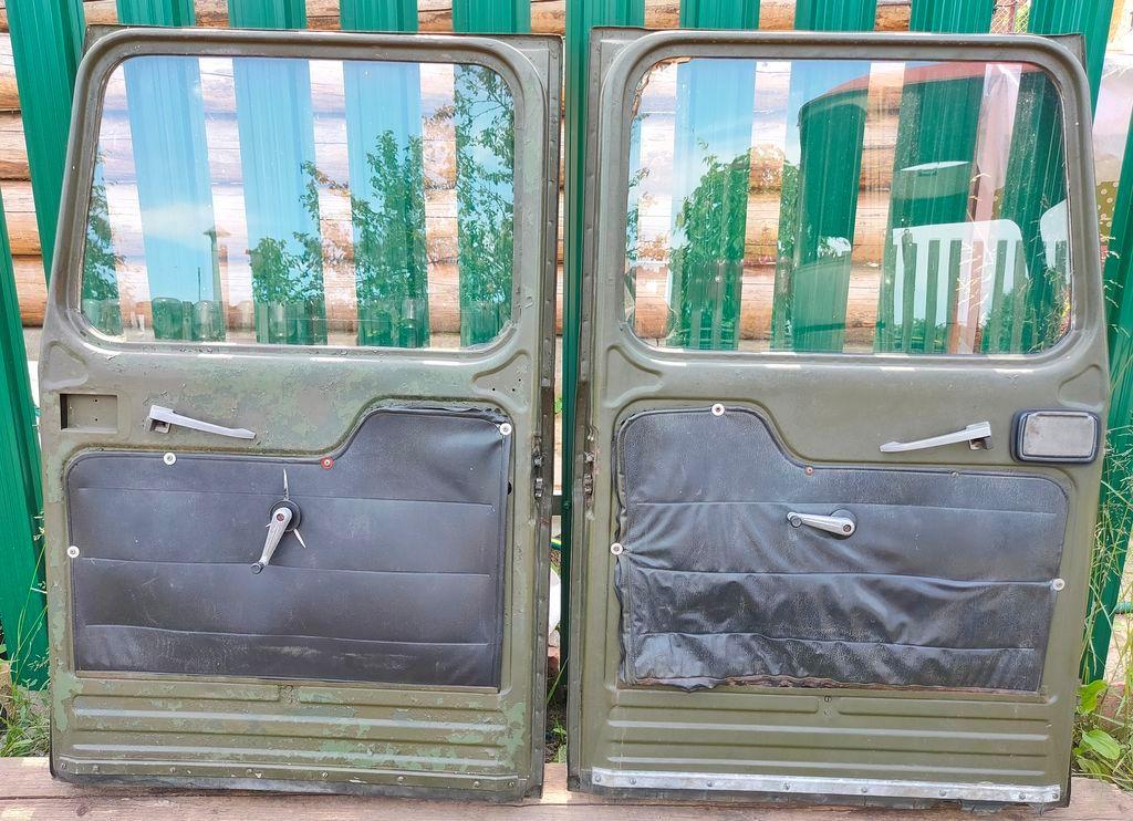 Дверь кабины грузовика ИФА-В50 IFA-W50 продам.