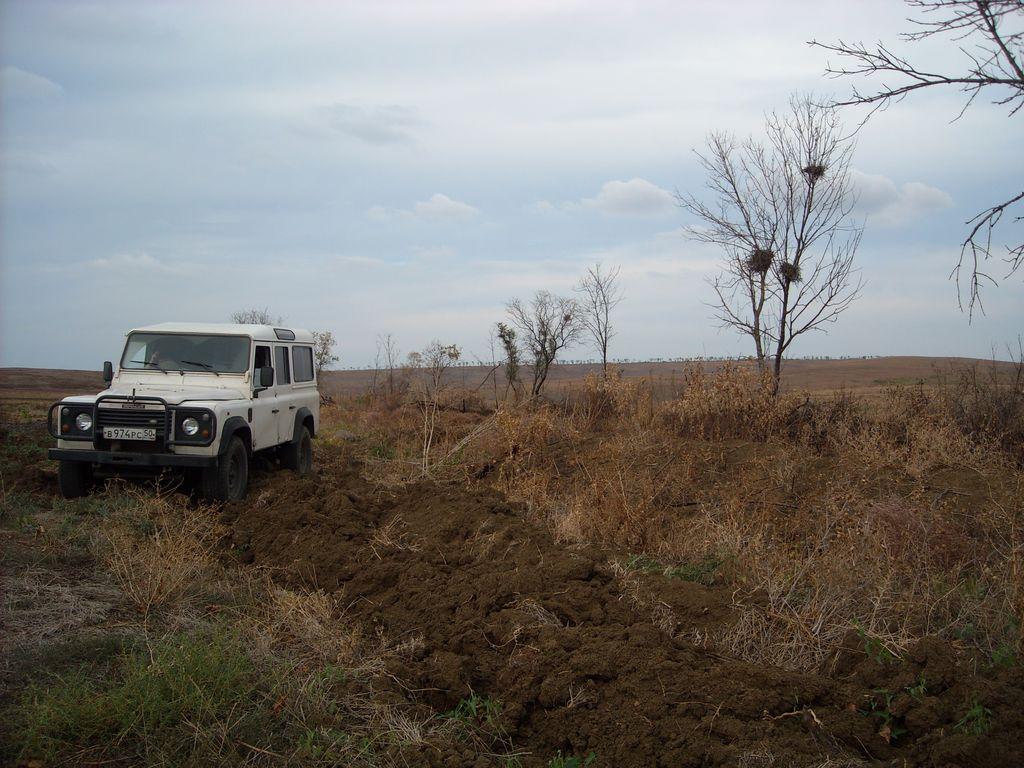 Таманский полуостров, Land Rover Defender 110.
