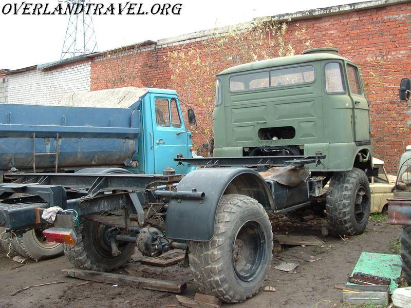 IFA -W50LA армейский грузовик 4х4 производства ГДР дизель 125лс.