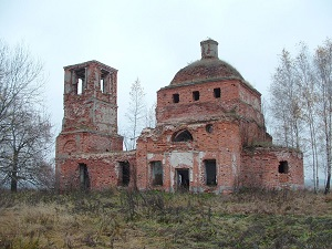 Overland Travel Russia, Moscow region ruined church