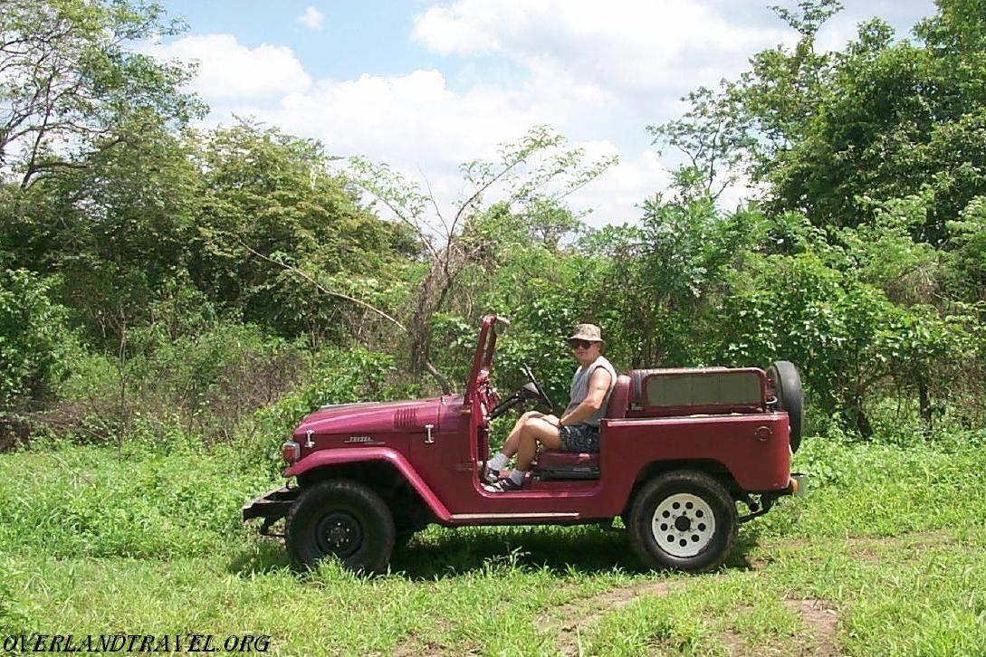 Toyota Land Cruiser Fj 40 Army Jeep Overland Travel 1973 Front Differ Tlc Ecuador