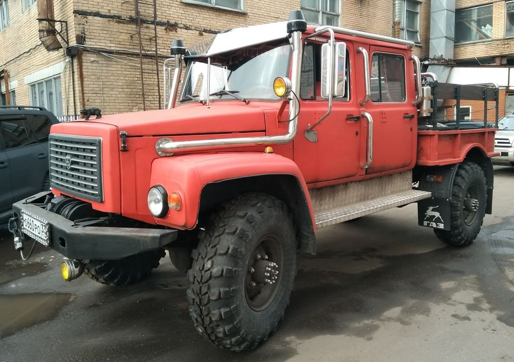 "Gorky truck GAZ-33081 ""Eger"" Russia countries world industries, including the military."